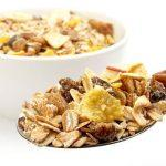 cara menurunkan kolesterol dengan mengkonsumsi makanan rendah lemak